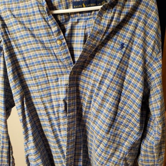 Selling Men's Large Ralph lauren shirt for $20